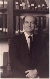Dr Steven B Szigethy  2020