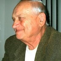 Frank L Urbanik  July 04 1931  April 18 2020